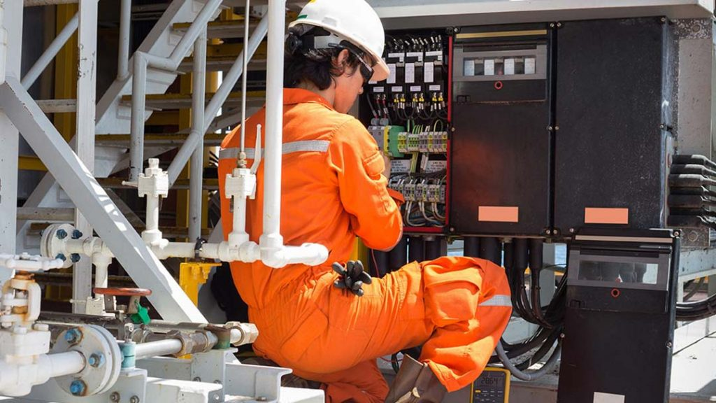 commercial electricians in norwich